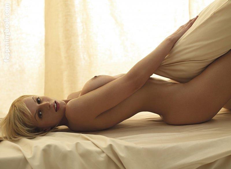 Brooke Johnston  nackt