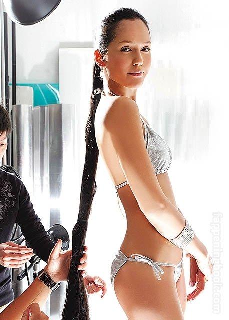 Ankie Lau  nackt