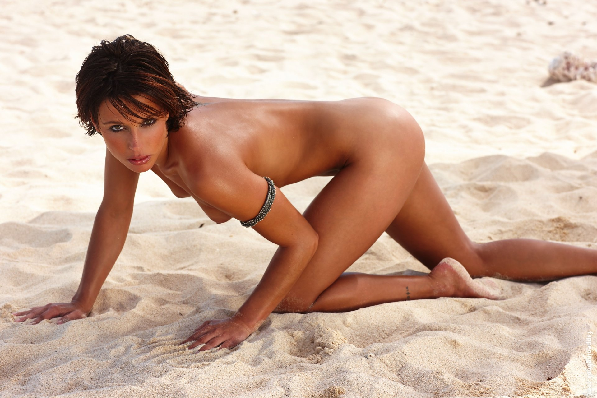 Anna Bader Nude