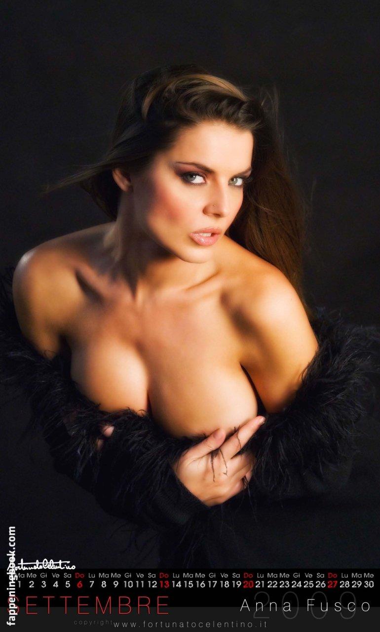 Anna Fusco Nude