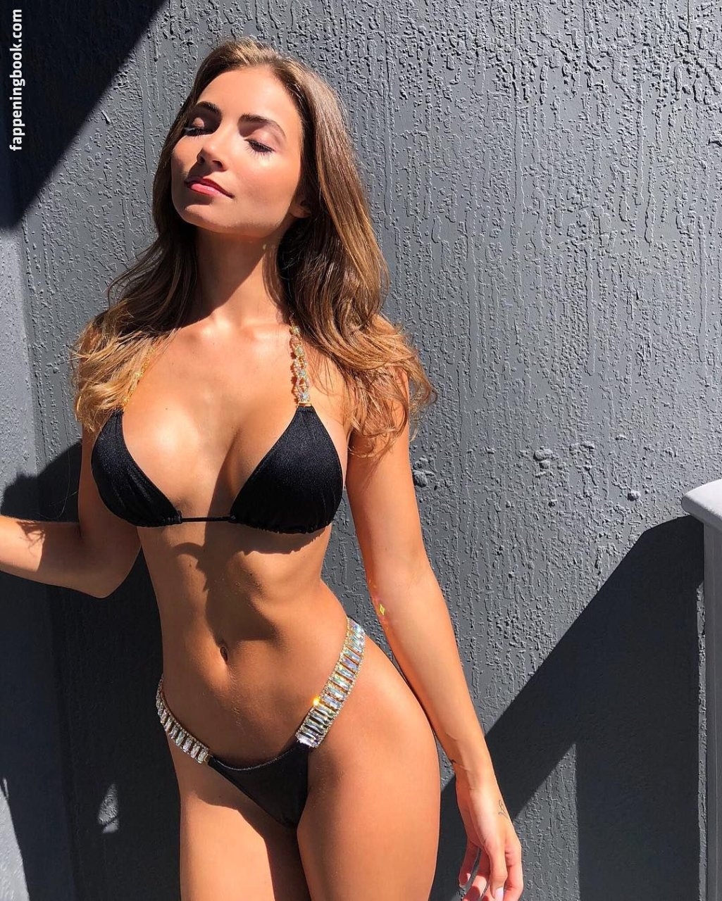 Anna Louise Nude, Sexy, The Fappening, Uncensored - Photo