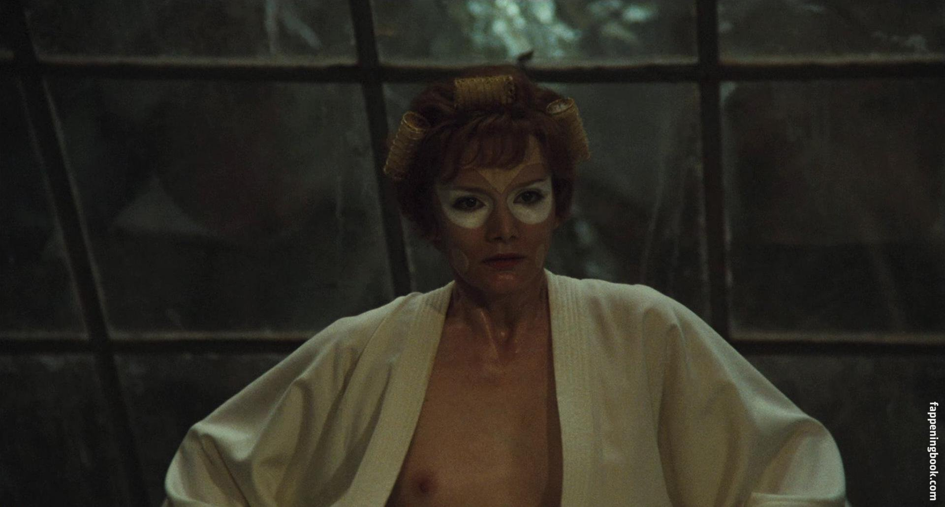 Jilian nackt Starfighter Carrie Prejean:
