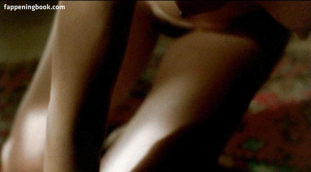 Anne Coesens Nude