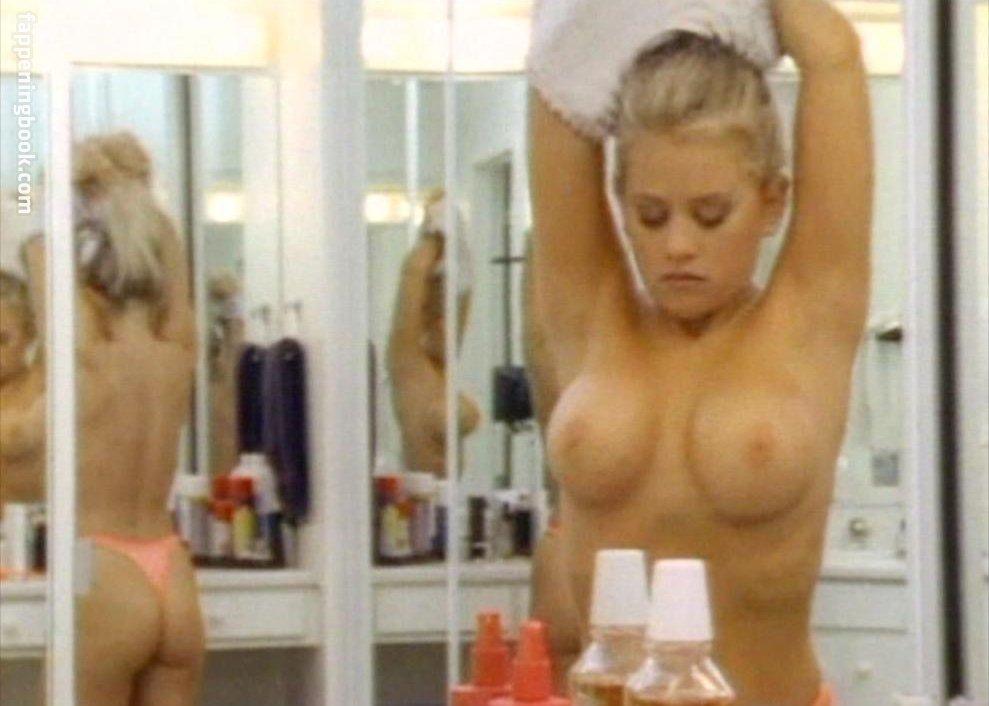 Matenopoulos nackt Debbie  Nude Debbie