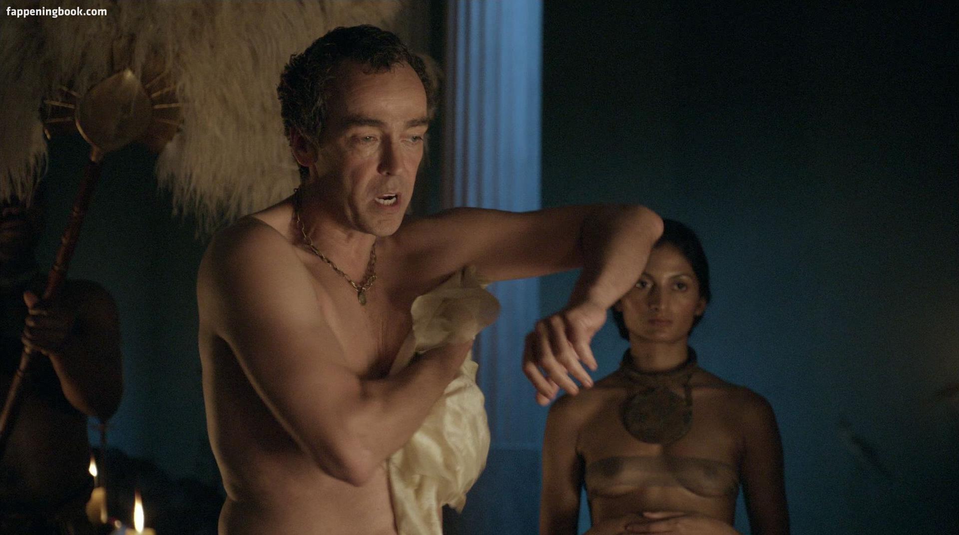 Aria Dickson Nude