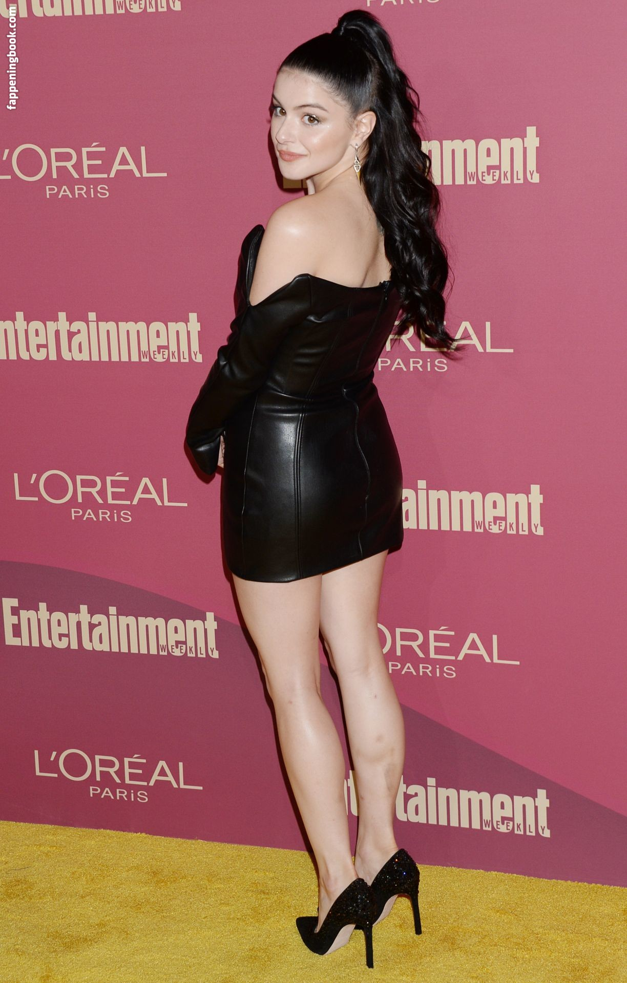 Ariel Winter Nude Oops Collection - Nude and Leaked Pics