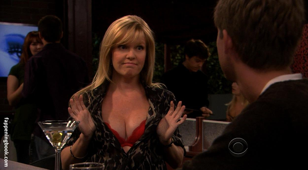 Ashley Jensen  nackt