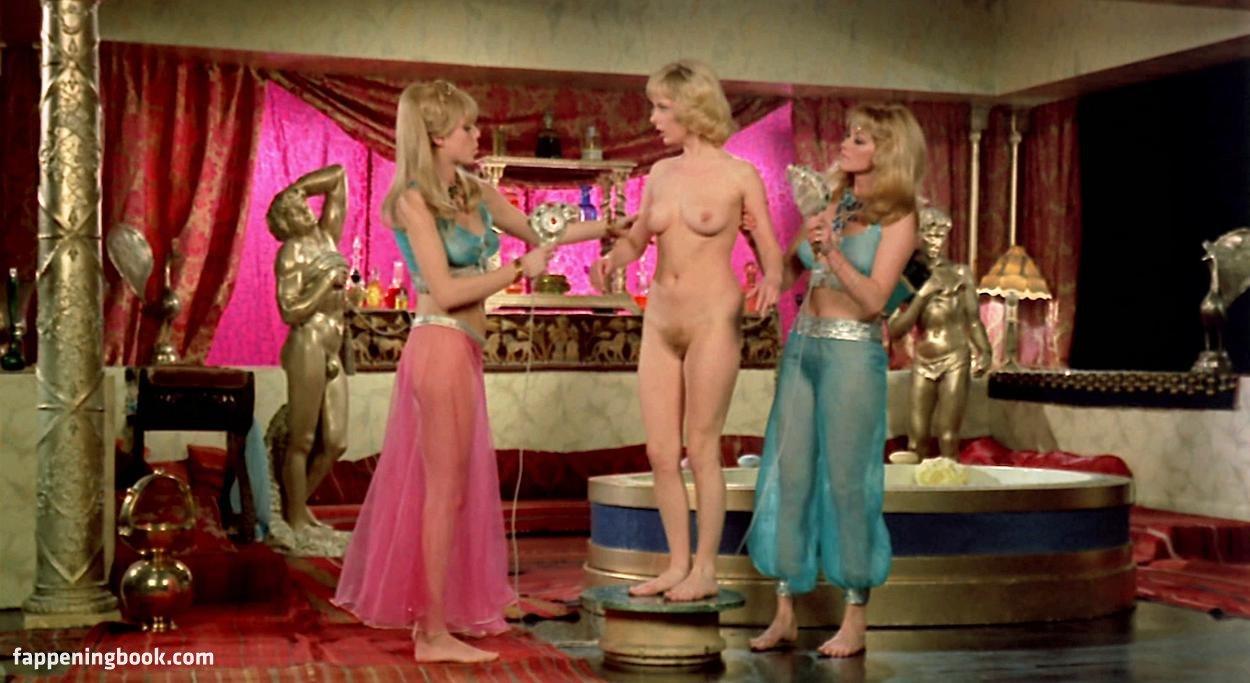 Astrid Frank Nude