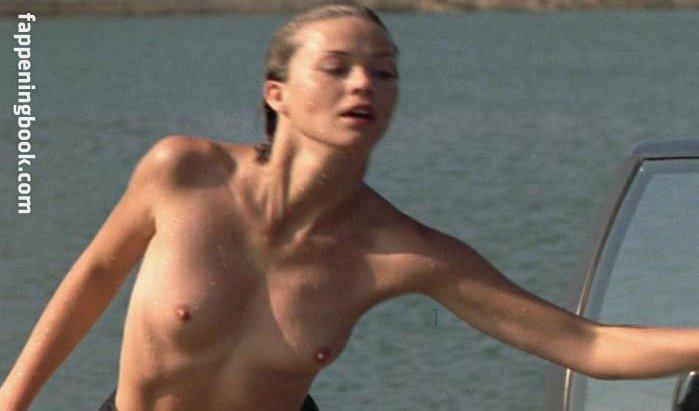 Hayley J. Williams  nackt
