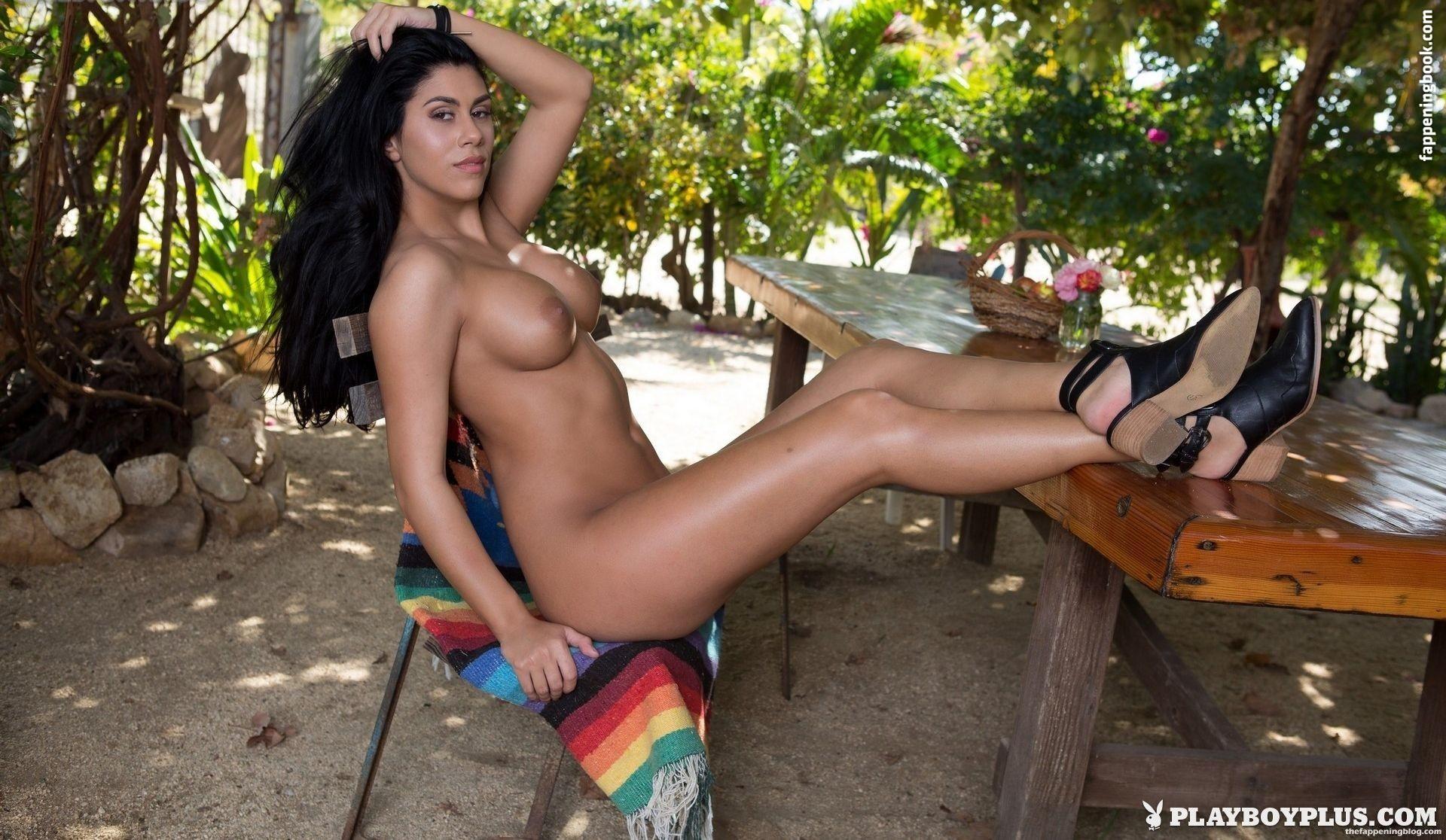 Autumn Lynn Nude
