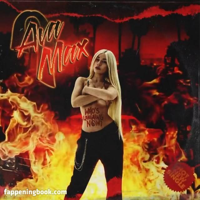 Max nackt ava Ava Max
