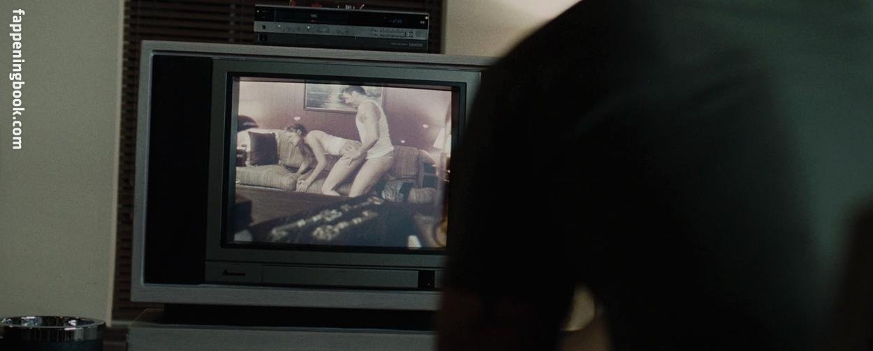 Becky Boxer Nude