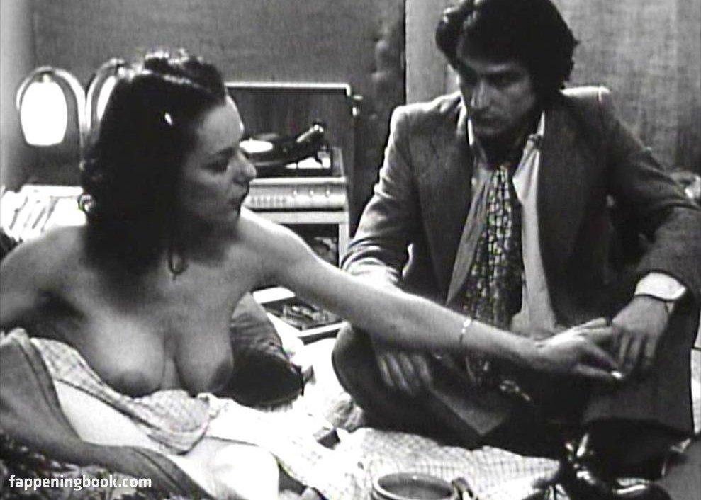 Nude bernadette lafont Bernadette Lafont