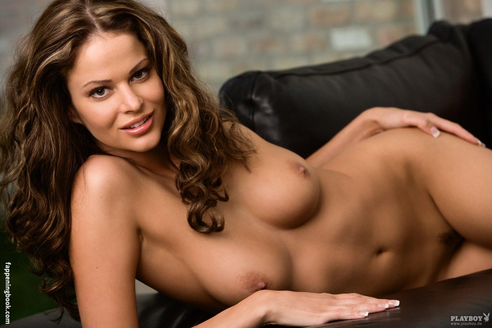 Beth Williams Nude