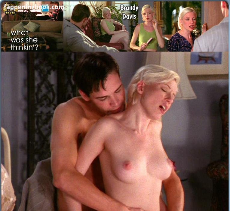 Brandy Davis  nackt