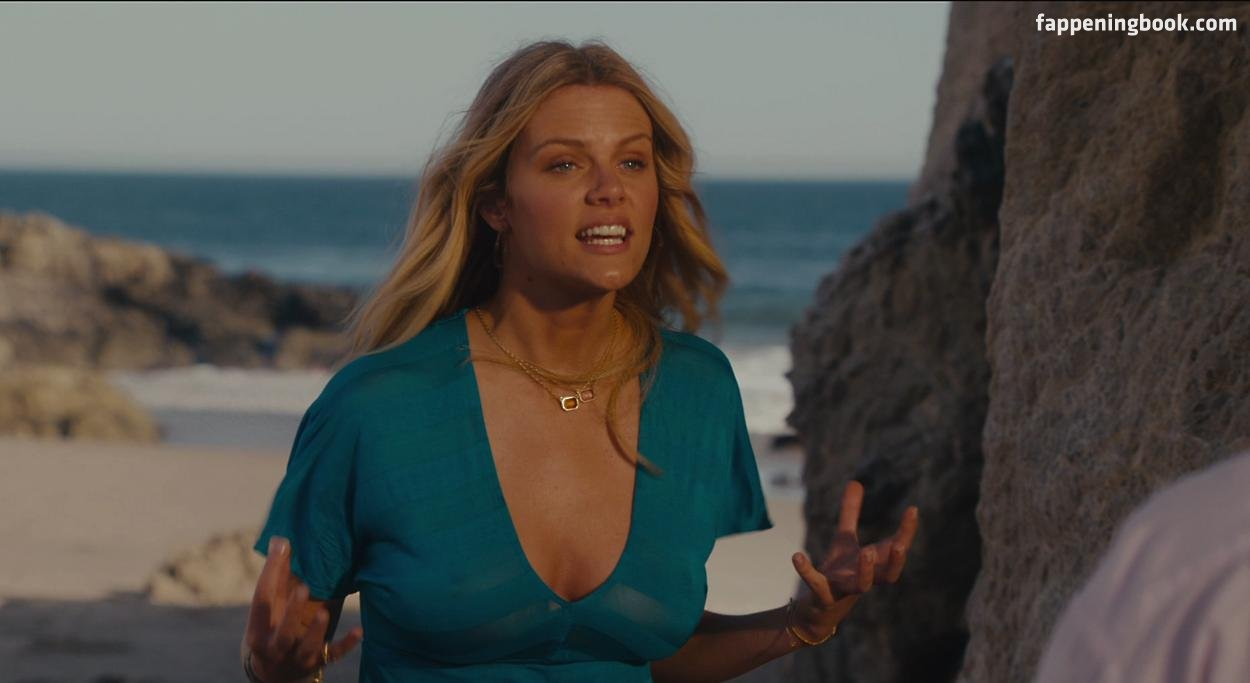 Brooklyn Decker Nude The Fappening - Page 3 - FappeningGram