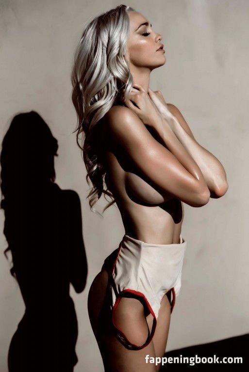 Nicole Gulasekharam  nackt