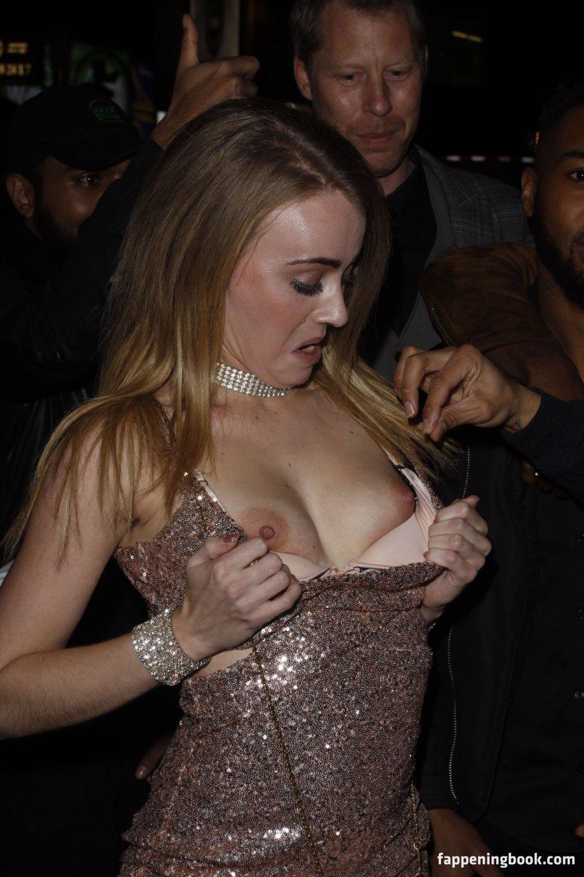 Carmel Anderson  nackt