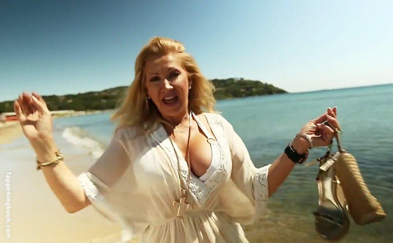 Carmen geis nackt sexy Celebrity Fakes