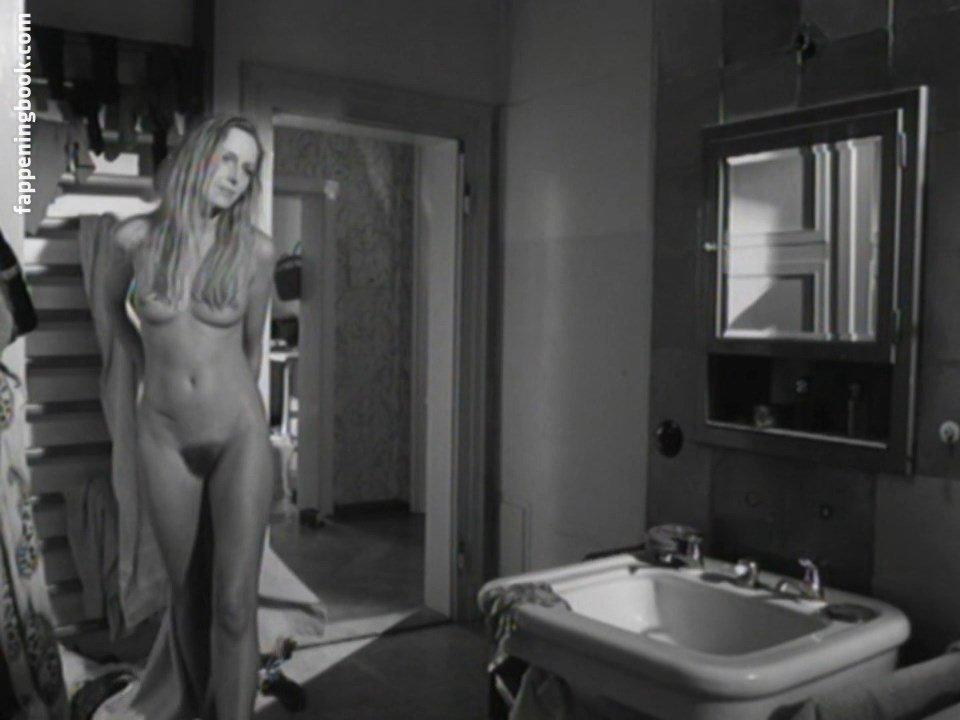 Laverack nackt Kelsey  Kelsey Laverack