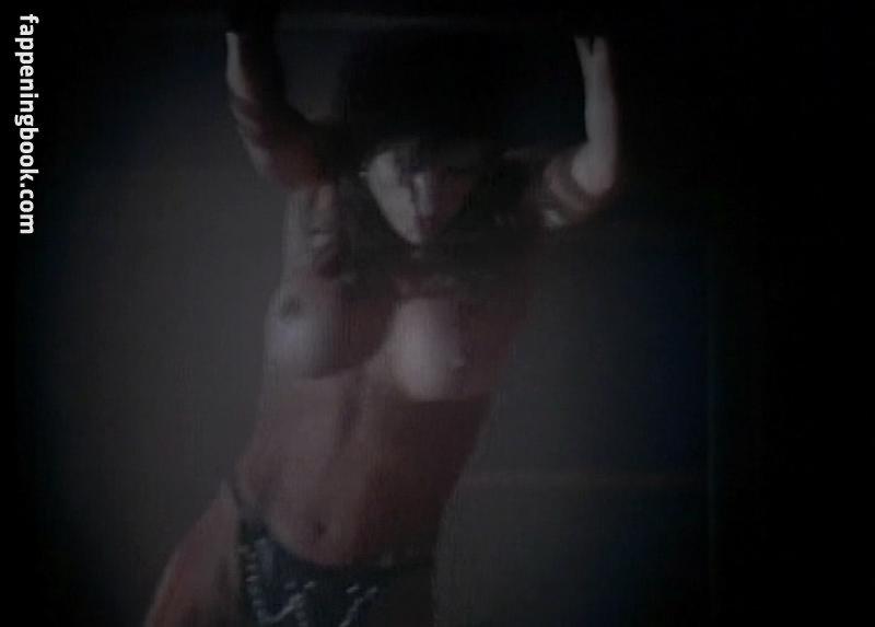 nackt Ambrose Caroline Pamela Anderson,