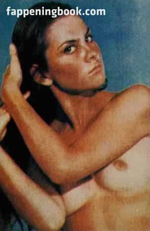 nude young iranian women
