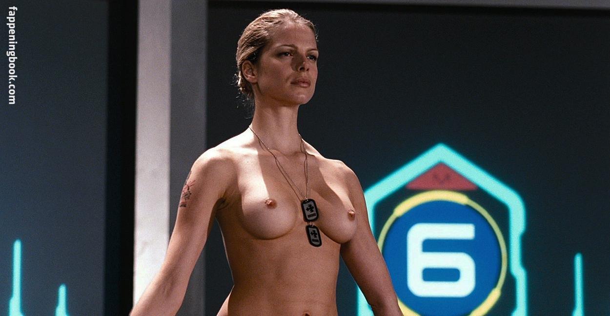Cécile Breccia Nude