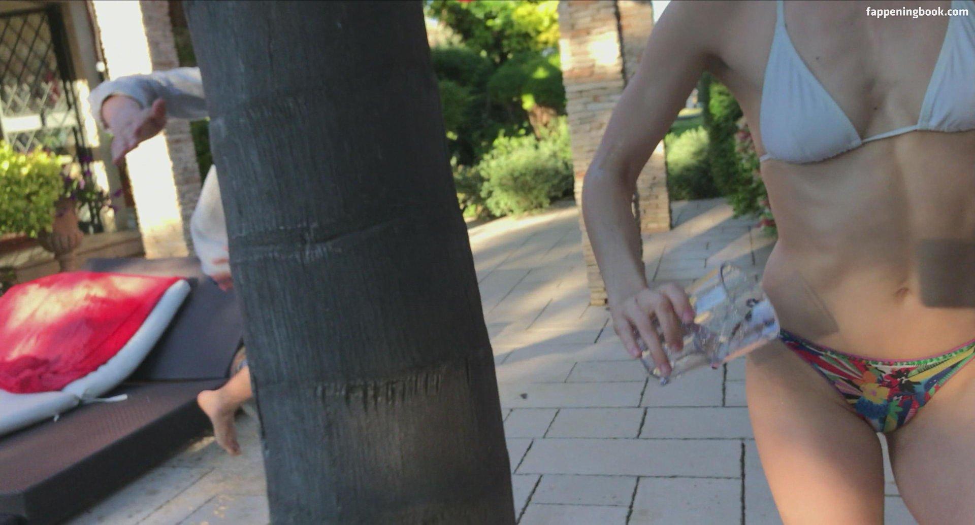 Brie Gabrielle  nackt