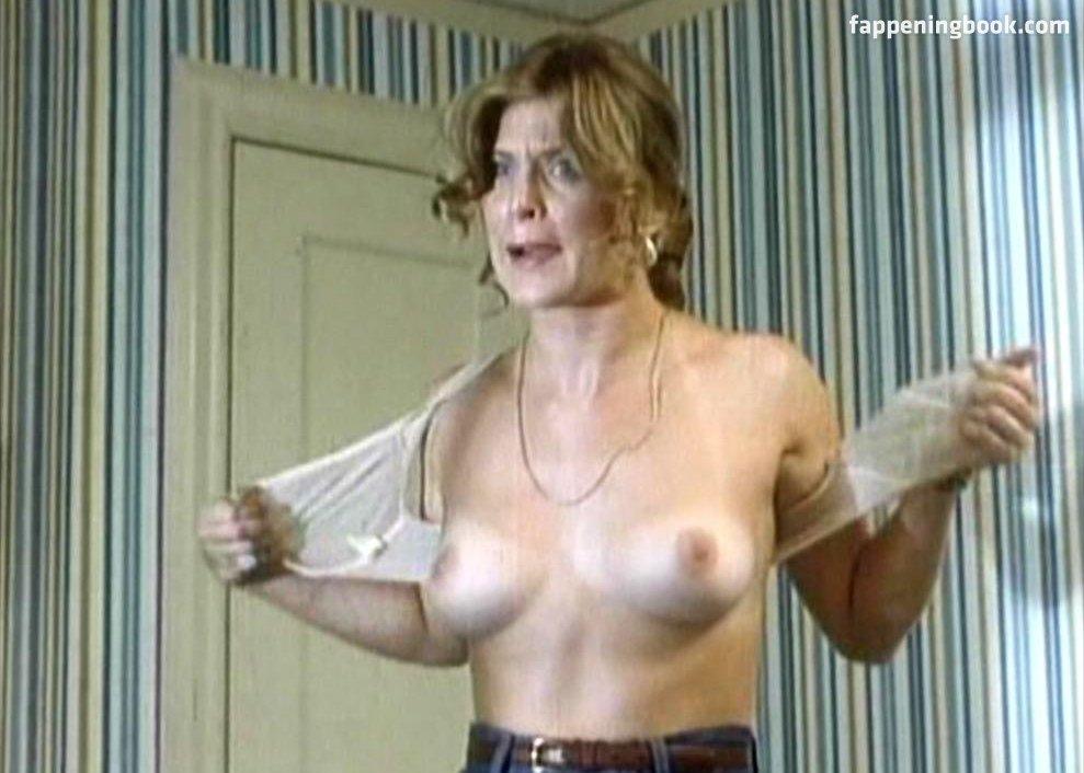 Gina nackt Wilkinson 41 Hot