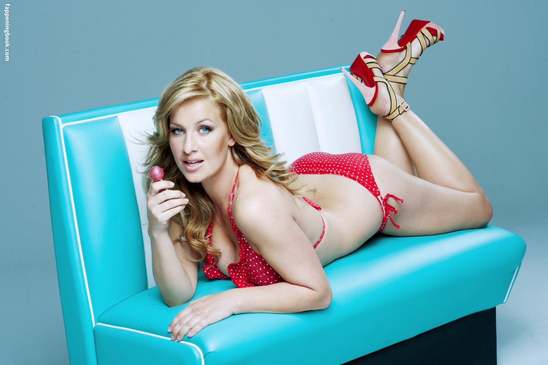 Taylor nackt Ami  Porn Models