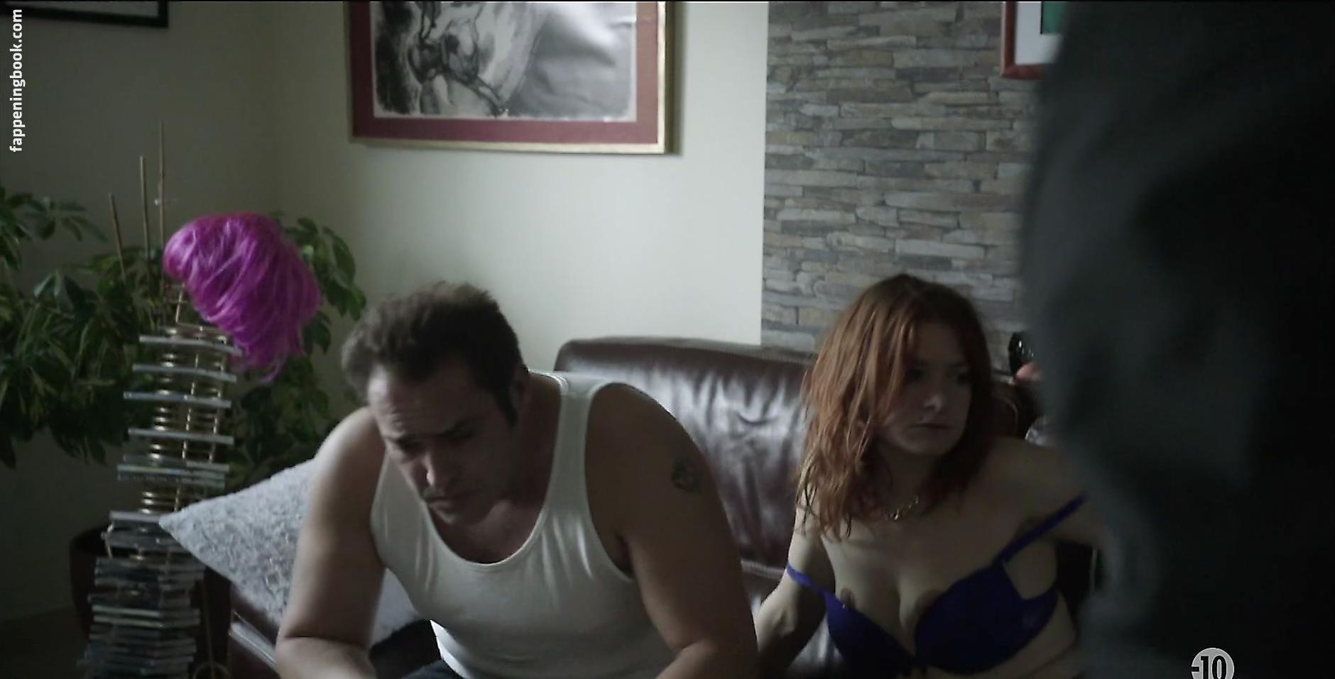 nackt Carling-Rogers Rhonda Chelsea Handler