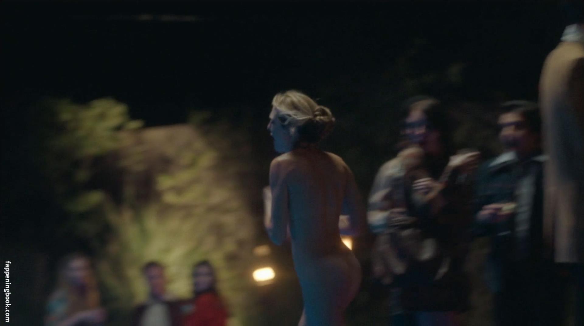 Chloe Brooks Nude