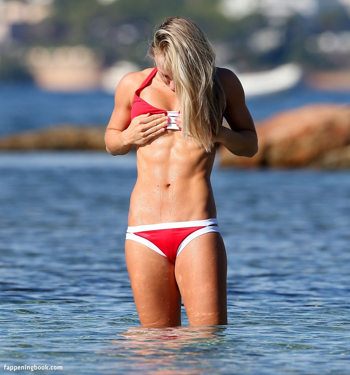 Chloe Madeley  nackt