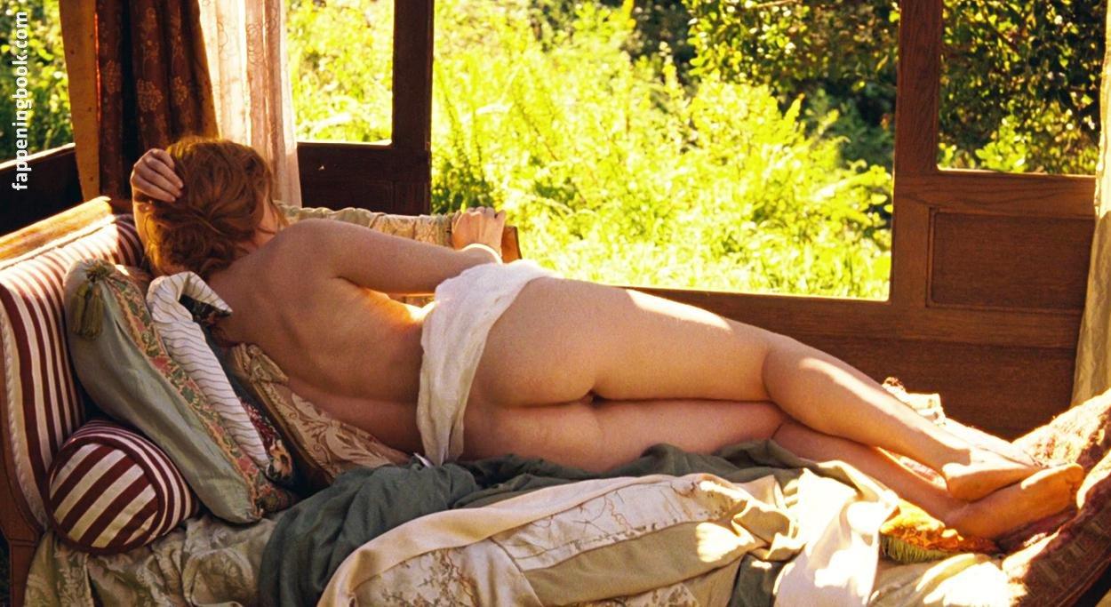 Theret nude christa Christa Théret,