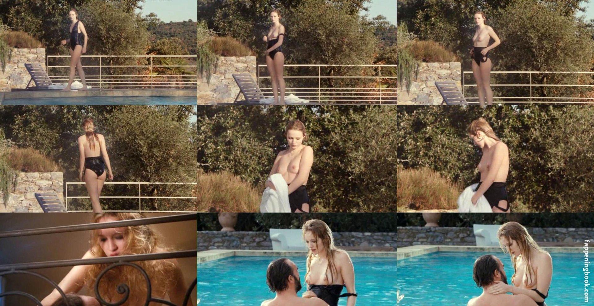Christa nude