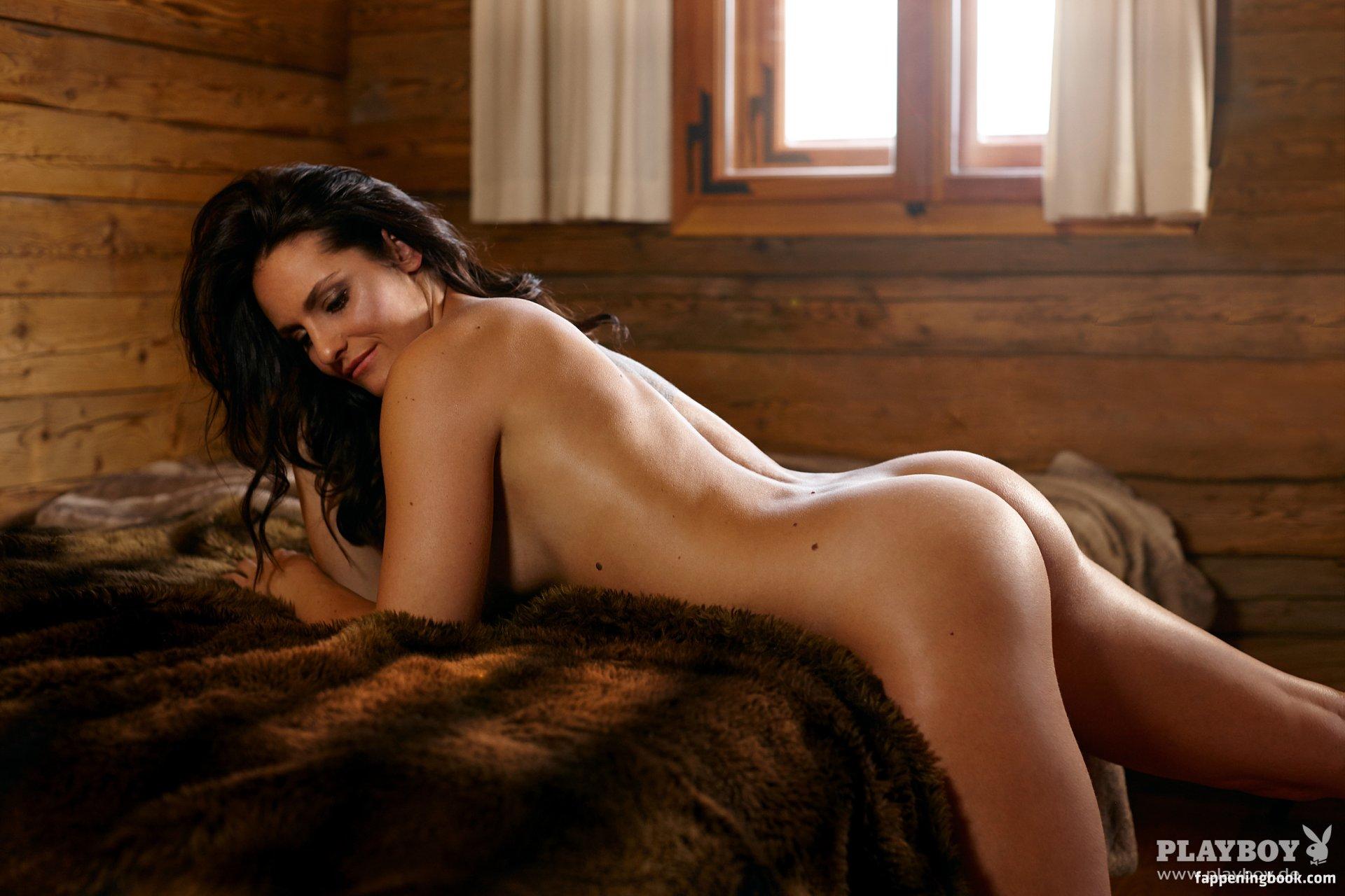 Sarah Kobel Marquette  nackt