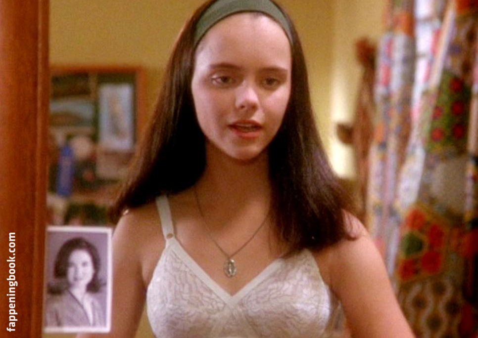 50 Christina Ricci Nude Pictures Are Genuinely