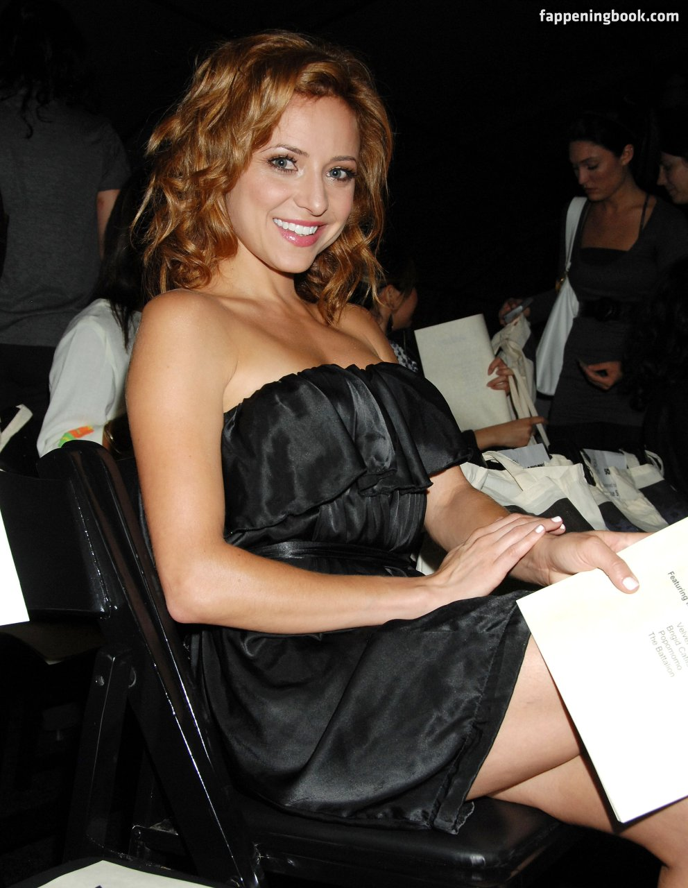 Christine Lakin Nude, Sexy, The Fappening, Uncensored