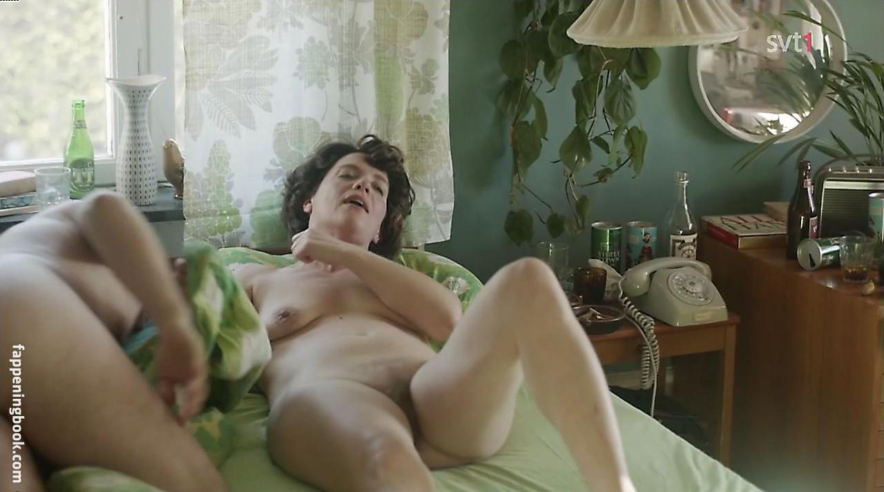 Cilla Nude