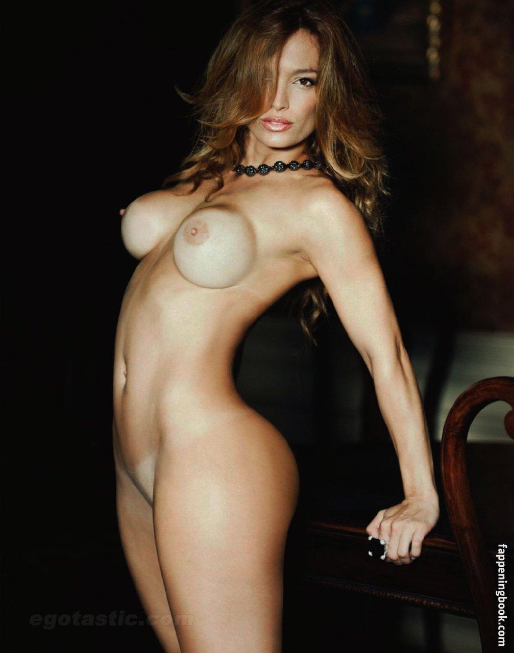Sandra Andriolit  nackt