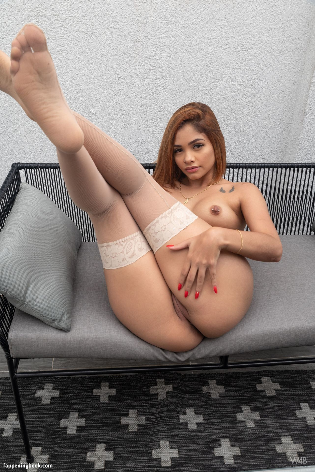Claudia Divose Nude