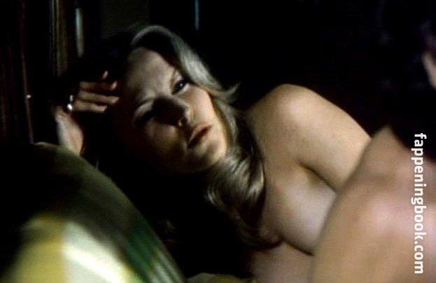 Cornelia Sharpe  nackt