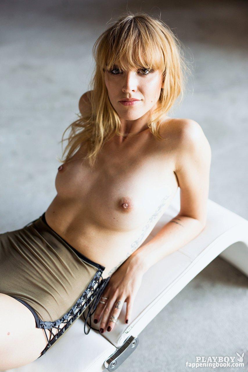 Cosima viola nude