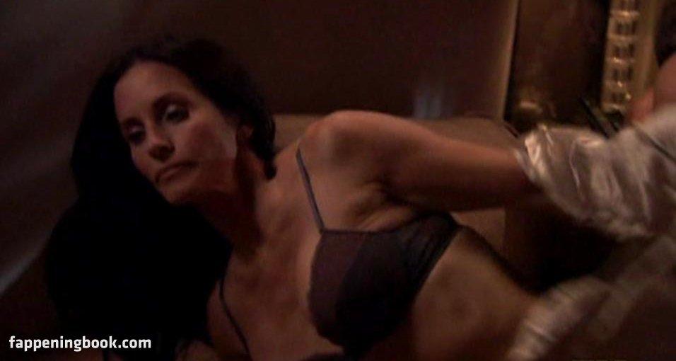 Hot naked courteney cox