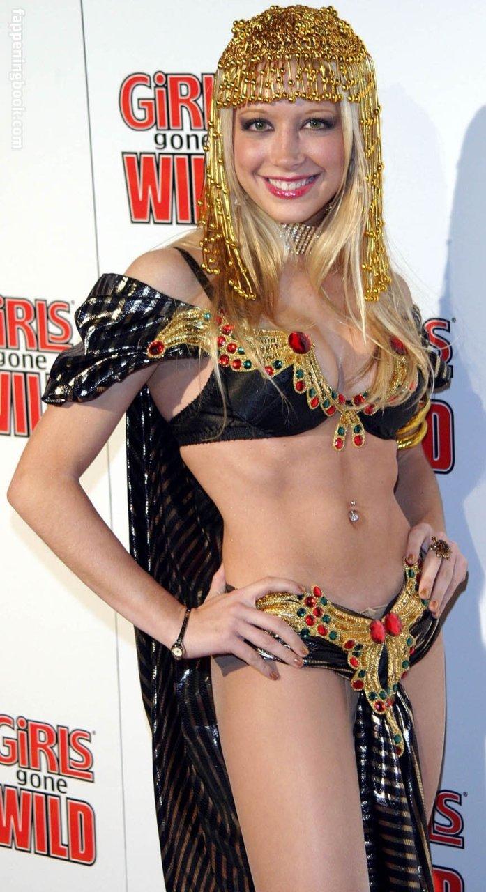 Courtney Peldon Nude