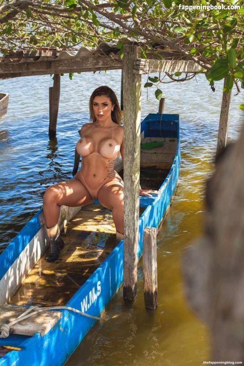 Cris Galera Nude