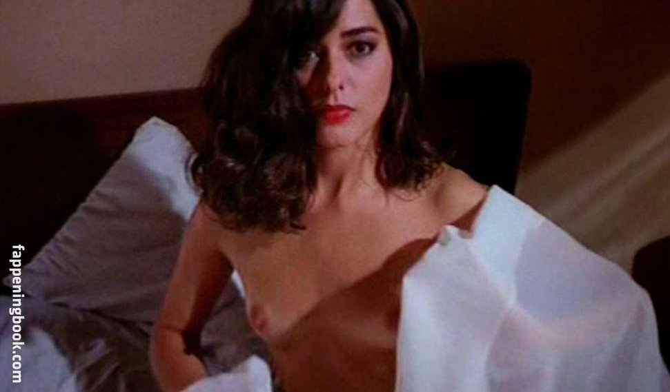 Cristina Ache Nude