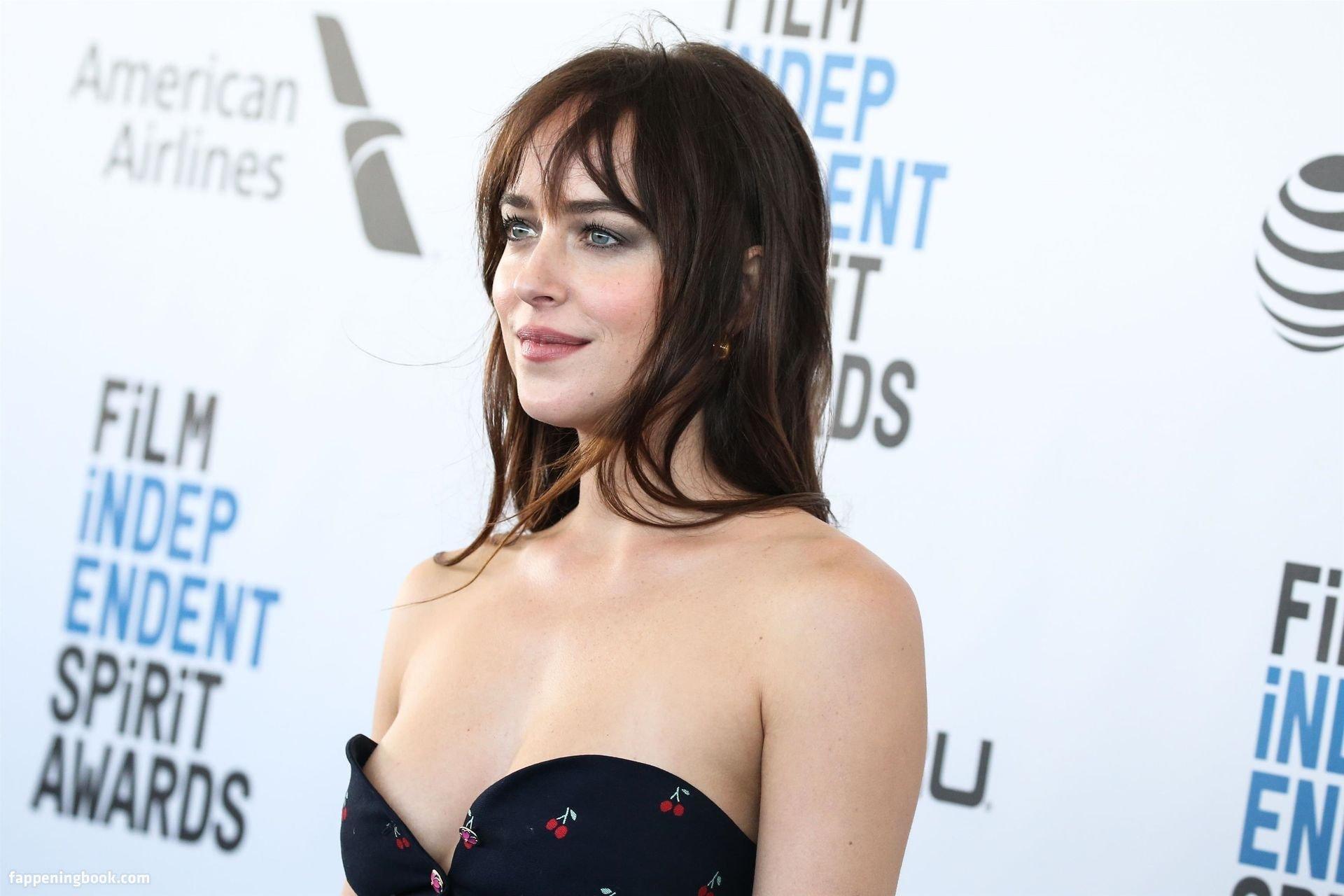Dakota Johnson Nude, Fappening, Sexy Photos, Uncensored