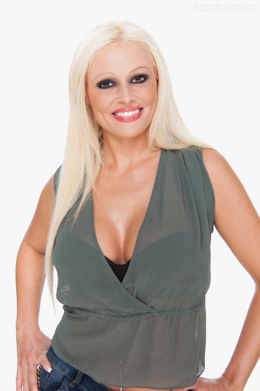 Daniela Lopez Osorio Nude, Sexy, The Fappening, Uncensored
