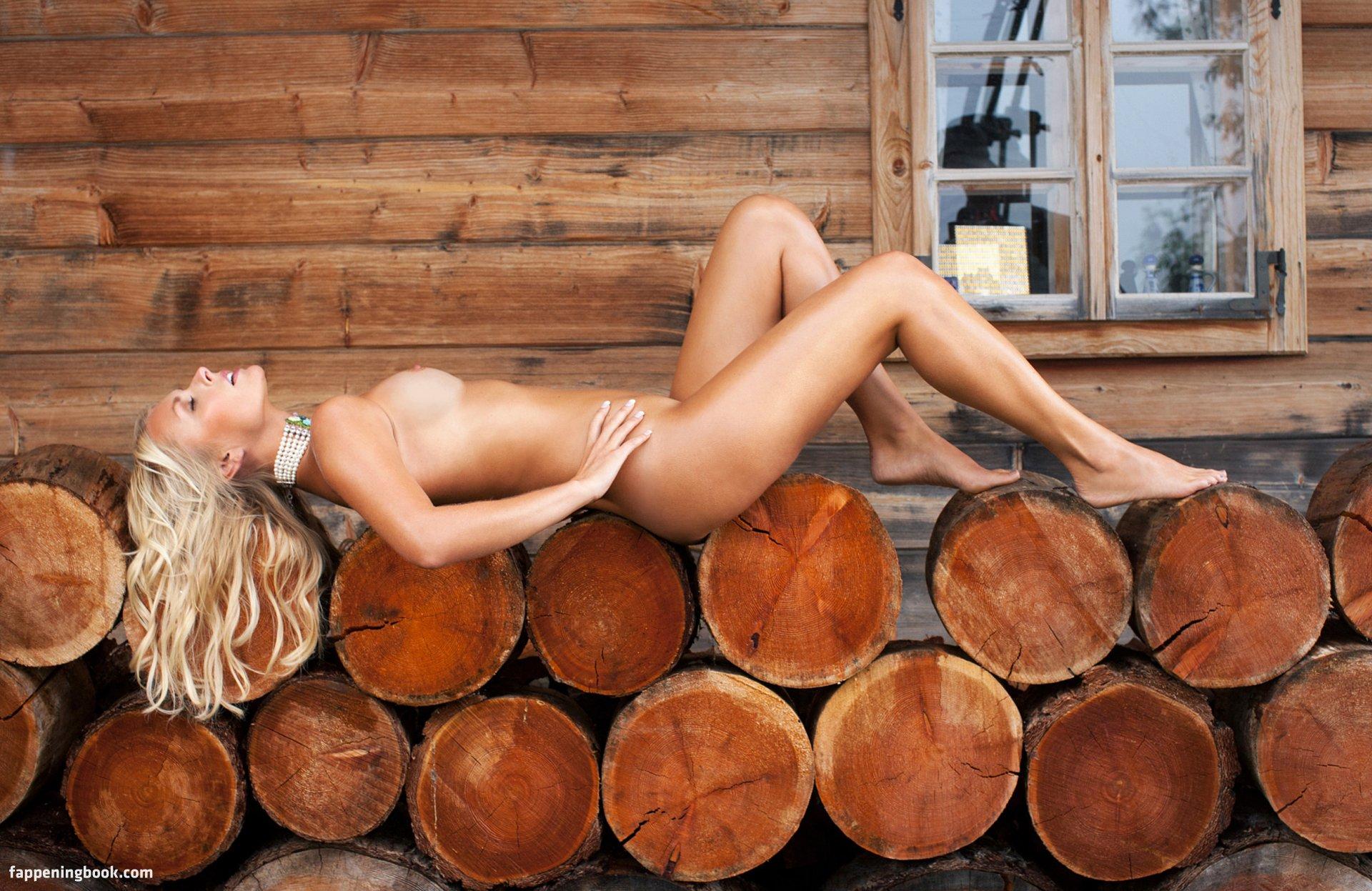 Denise Cotte Nude
